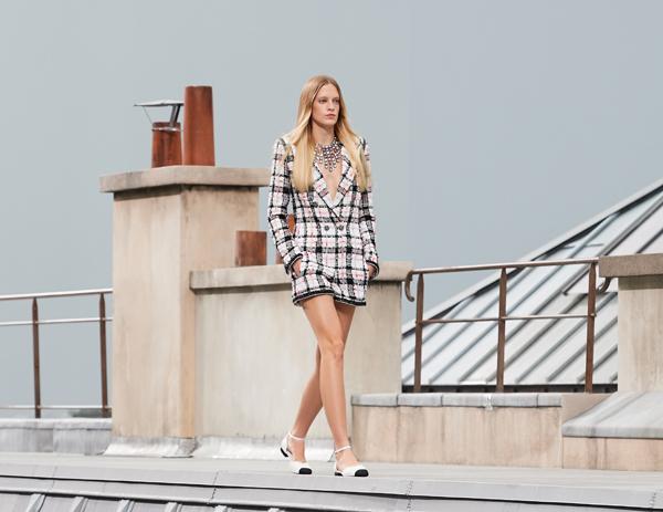 Chanel Defines Modern Elegance for SS2020