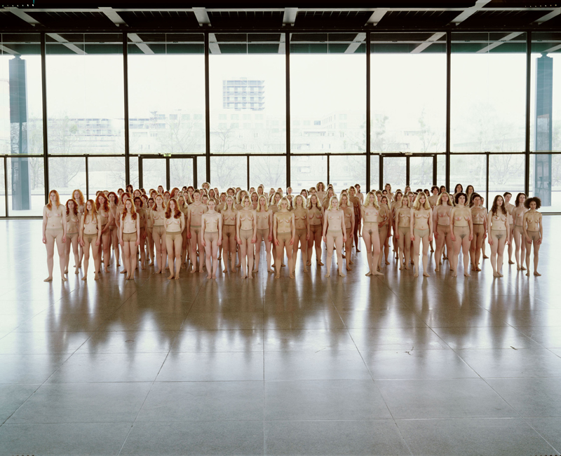 "Helmut Newton Foundation presents ""Body Performance"""